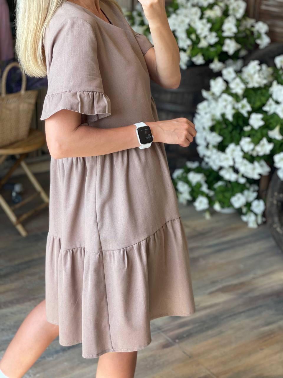 Стильное легкое платье  с коротким рукавом свободного кроя