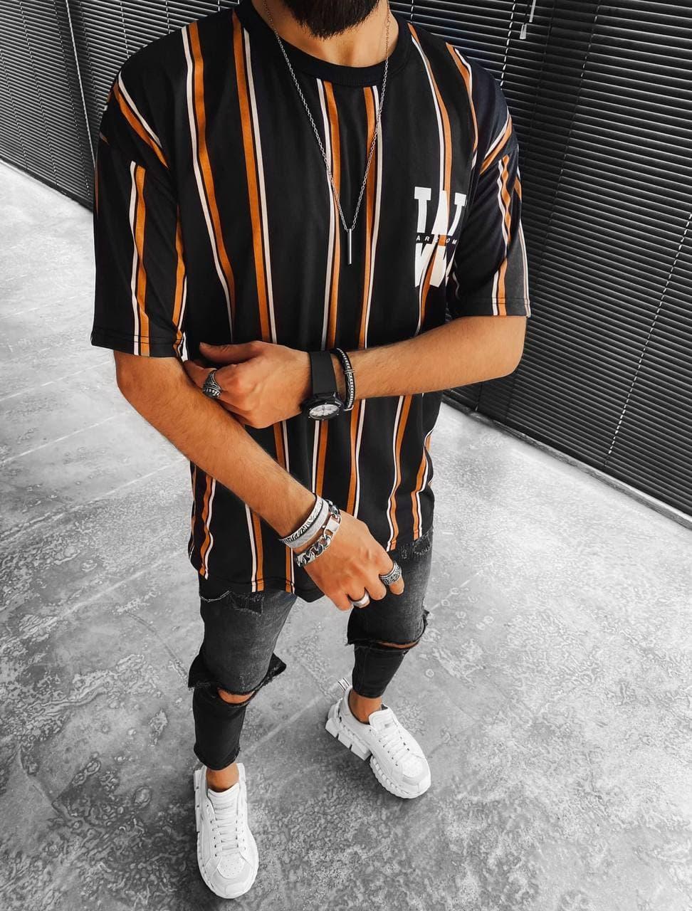 Мужская футболка oversize черного цвета в полоску