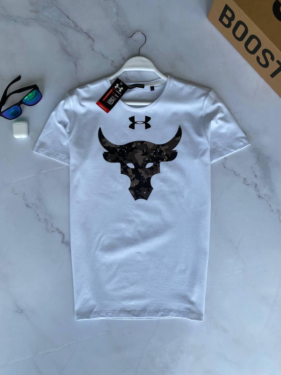Мужская футболка oversize белого цвета с принтом