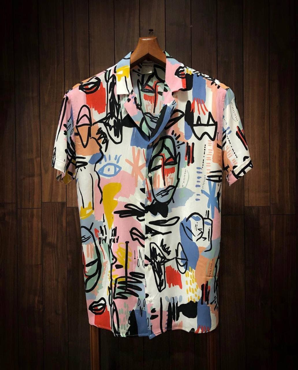 Мужская легенькая рубашка цветная