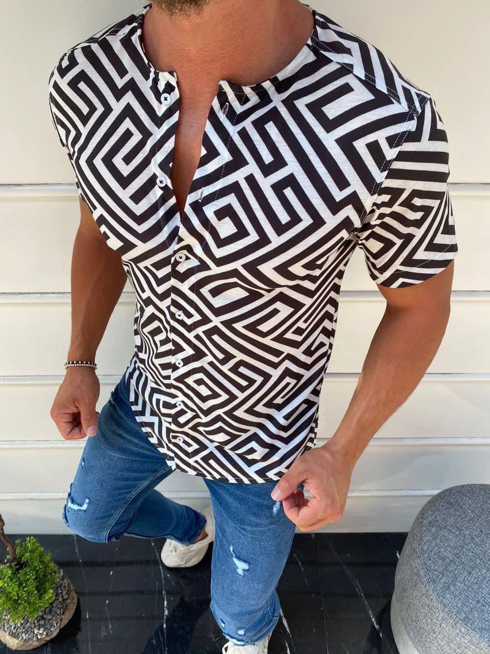 Мужская летняя рубашка бело-черного цвета