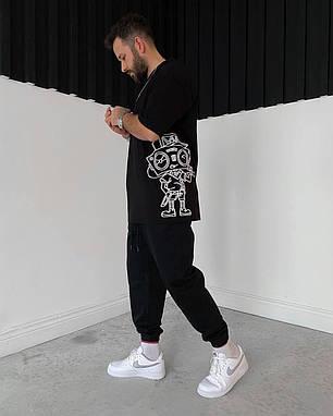 Чоловіча футболка чорна oversize з принтом, фото 2