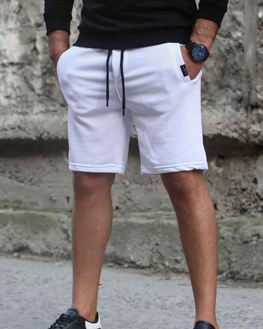 Мужские трикотажные шорты белого цвета