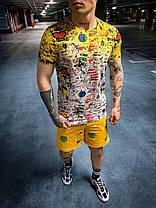 Чоловіча футболка жовтого кольору розписана, фото 2