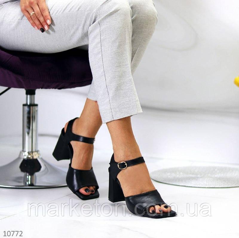 """Жіночі шкіряні босоніжки на підборах Чорні """"Jina"""""""