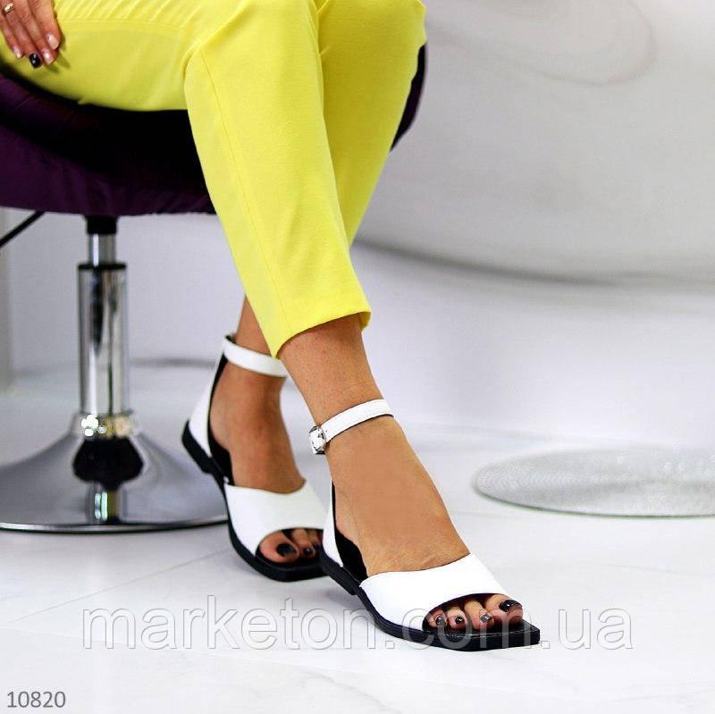 """Женские кожаные босоножки на низком ходу Белые """"Myj"""""""