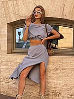 Стильний однотонний жіночий костюм зі спідницею і топом, фото 1