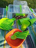 Набір пластикового посуду на 12 персон