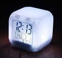 Цифровые светодиодные часы-будильник с ЖК-дисплеем LED Color Changing Glowing Alarm Thermometer Digital Clock