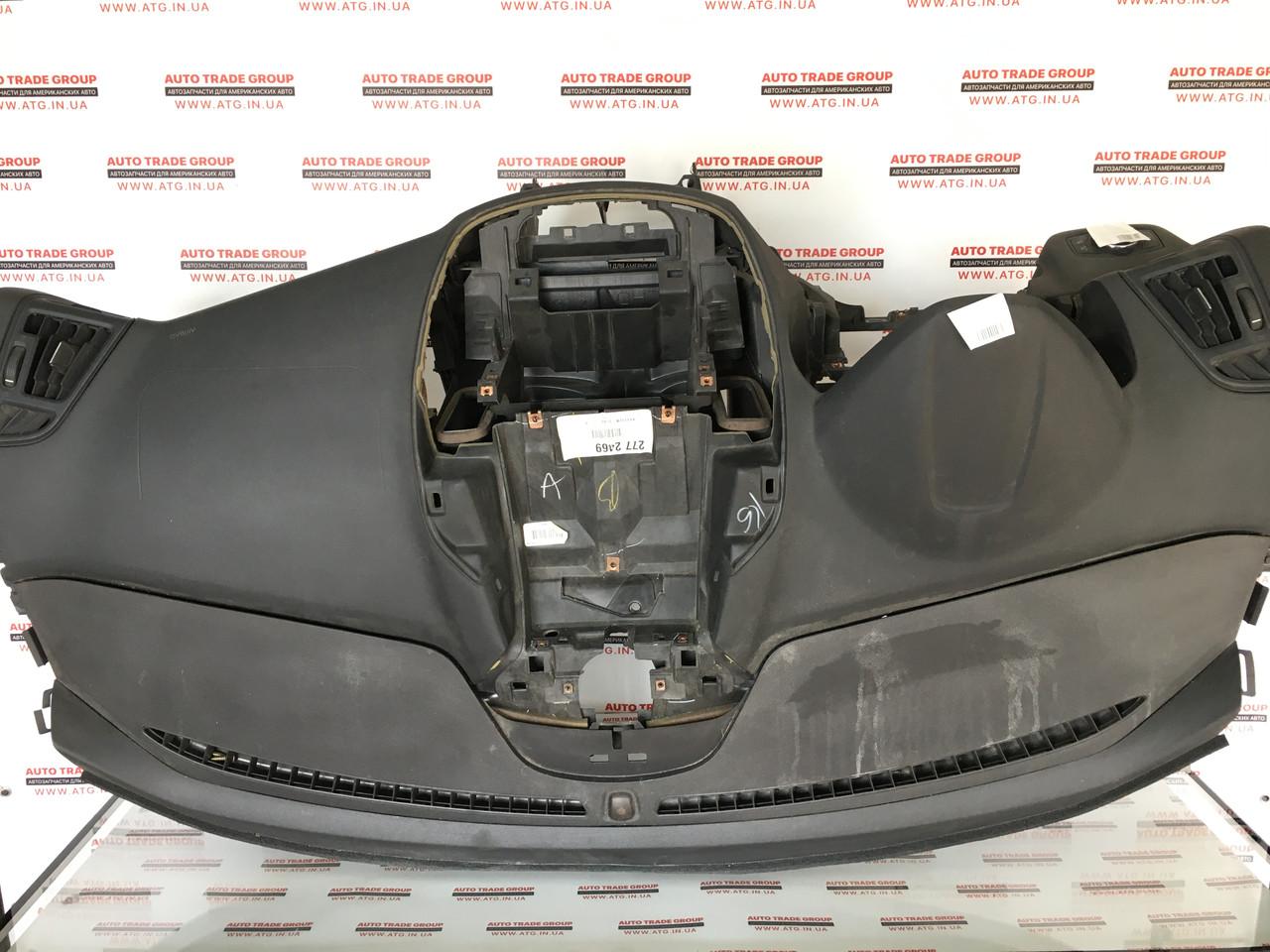 Торпедо передняя панель голая Ford Escape USA 2013-2016 CJ5Z-7804320-AA