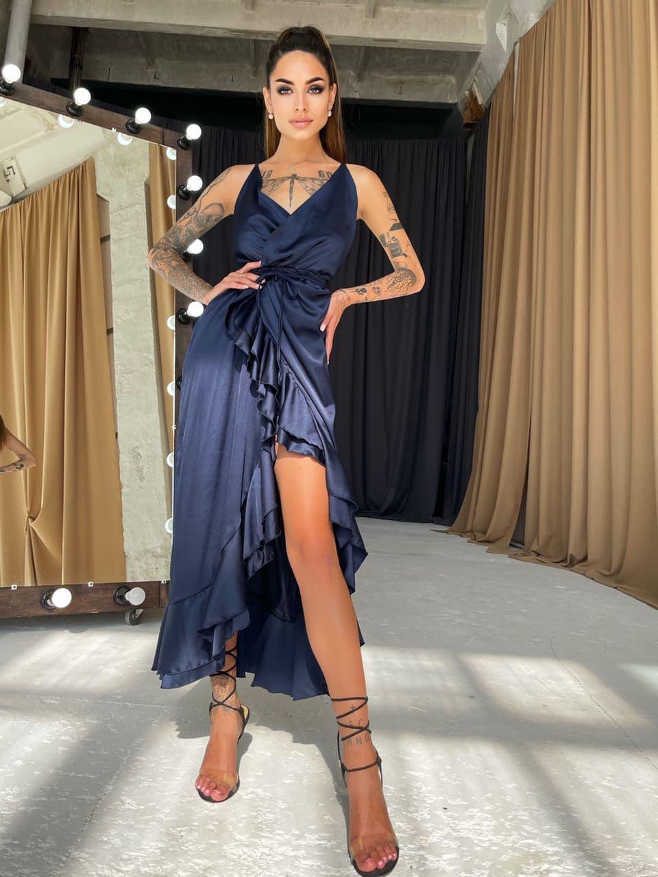 Шовкова темно-синє плаття-міді з воланами і відкритою спинкою Blue