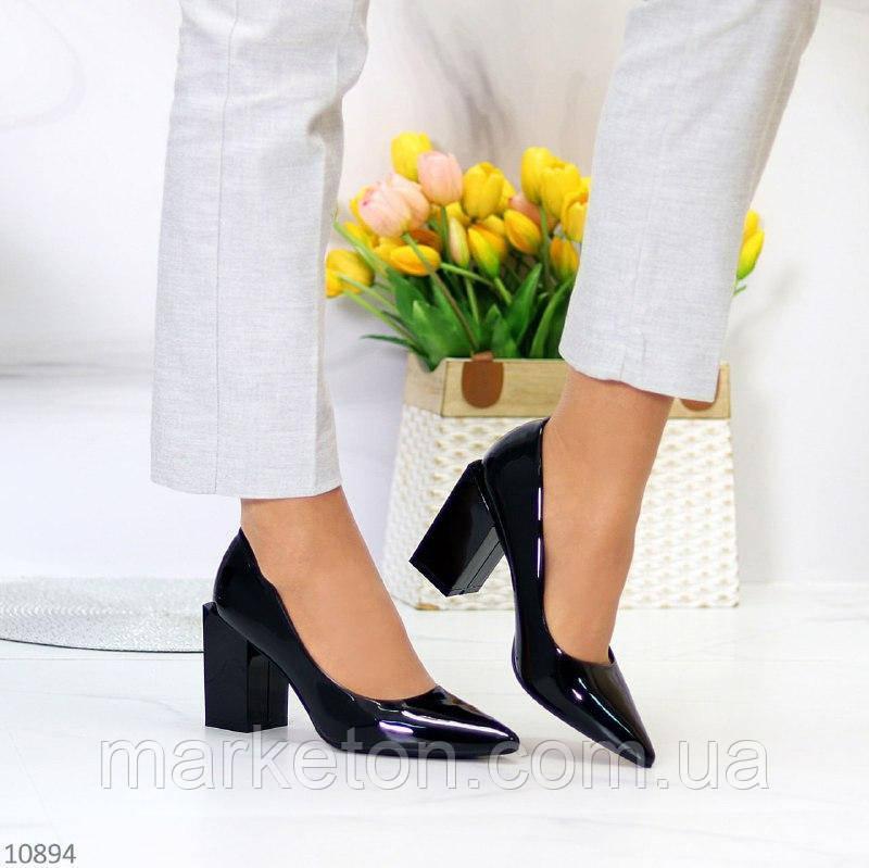 """Жіночі лакові туфлі на стійкому каблуці Чорні """"Ground"""""""