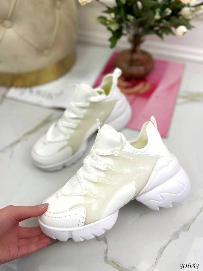 Кросівки текстильні Колір: білий