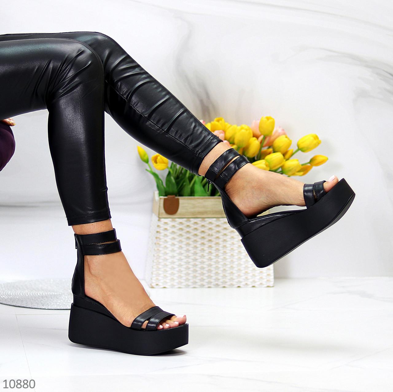 Ультра модні чорні шкіряні жіночі босоніжки натуральна шкіра на танкетці платформі