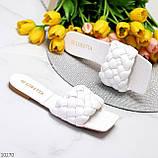 Актуальні білі фактурні жіночі шльопанці шльопанці в асортименті, фото 2