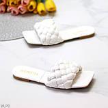 Актуальные белые фактурные женские шлепки шлепанцы в ассортименте, фото 9