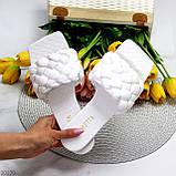 Актуальные белые фактурные женские шлепки шлепанцы в ассортименте, фото 10