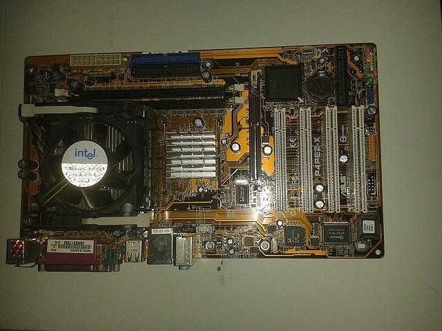 Материнская плата  Asus P4PE2-X + процессор Intel P.4, 2.00 GHz,  + кулер, s478