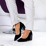 Оригінальні жіночі чорні туфлі на підборах 8,5 см еко - замша, фото 4