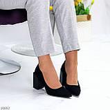 Оригінальні жіночі чорні туфлі на підборах 8,5 см еко - замша, фото 7