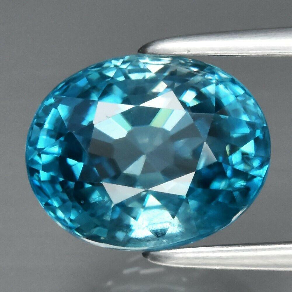 Блакитний циркон 3.23 ct 8.5 x 6.8 mm VS