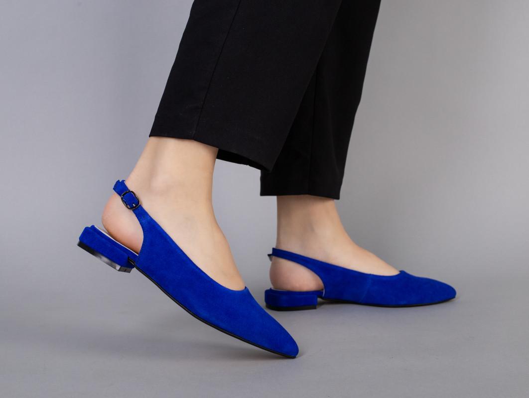 Балетки женские замшевые цвета электрик на маленьком каблуке