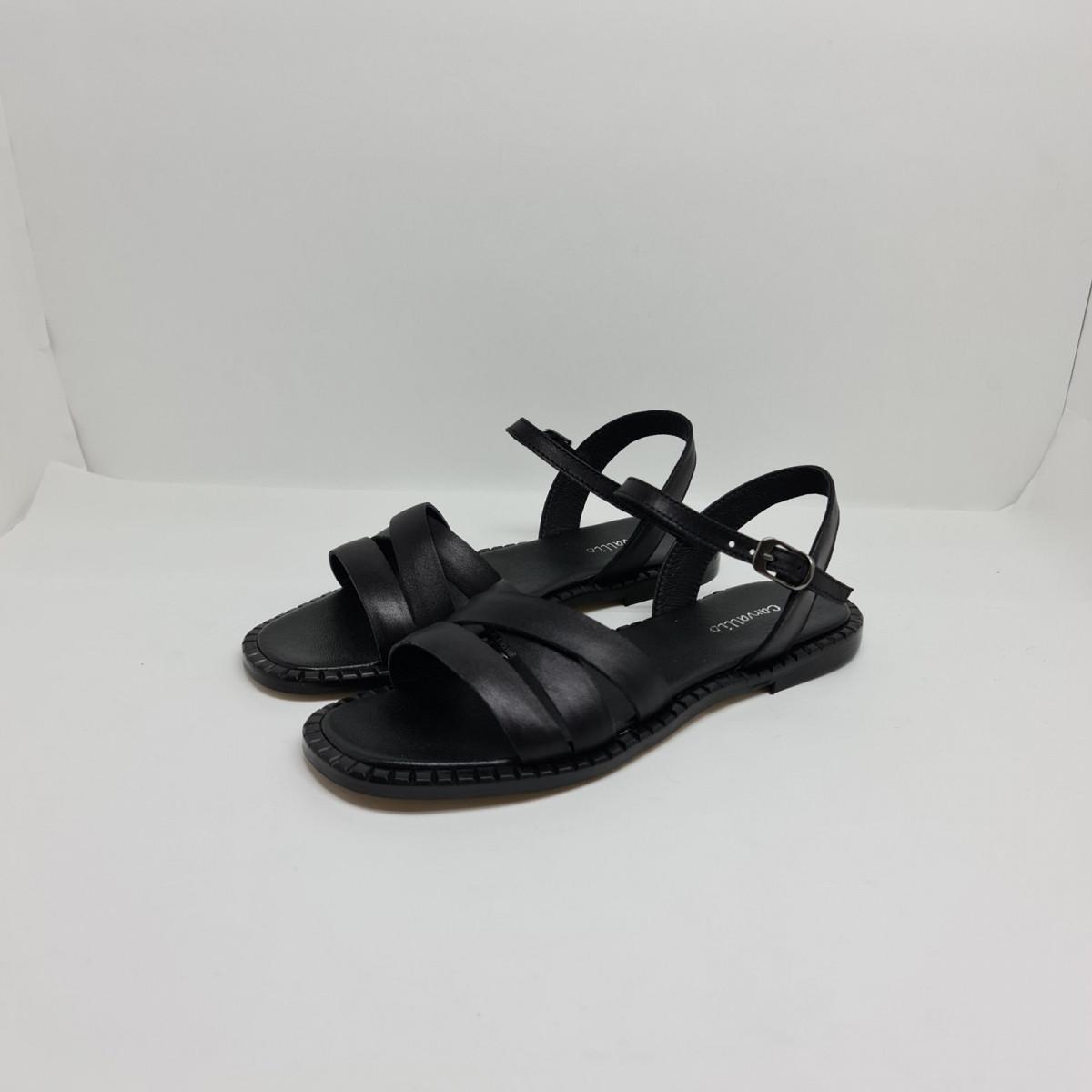 Босоніжки жіночі шкіряні чорні на чорній підошві