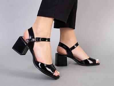 Босоножки женские кожа наплак черные на каблуке