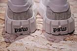 Жіночі шкіряні білі блискучі кросівки з написами, фото 5