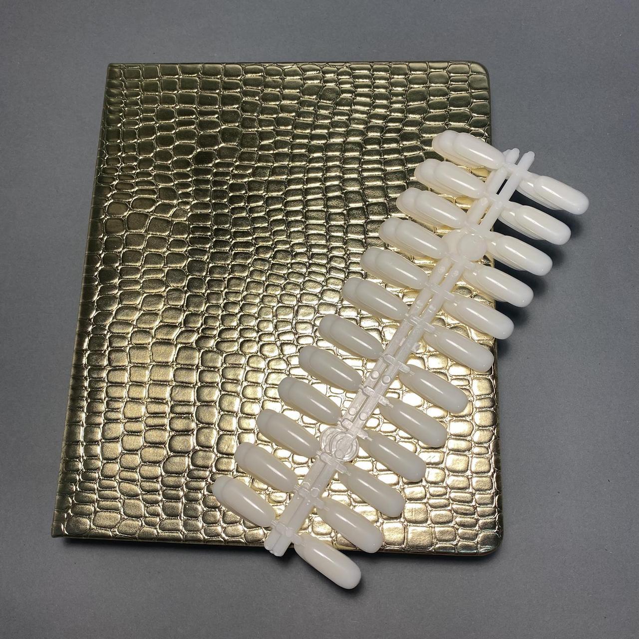 Палітра книга для демонстрації гель лаків з типсами (120шт) золота