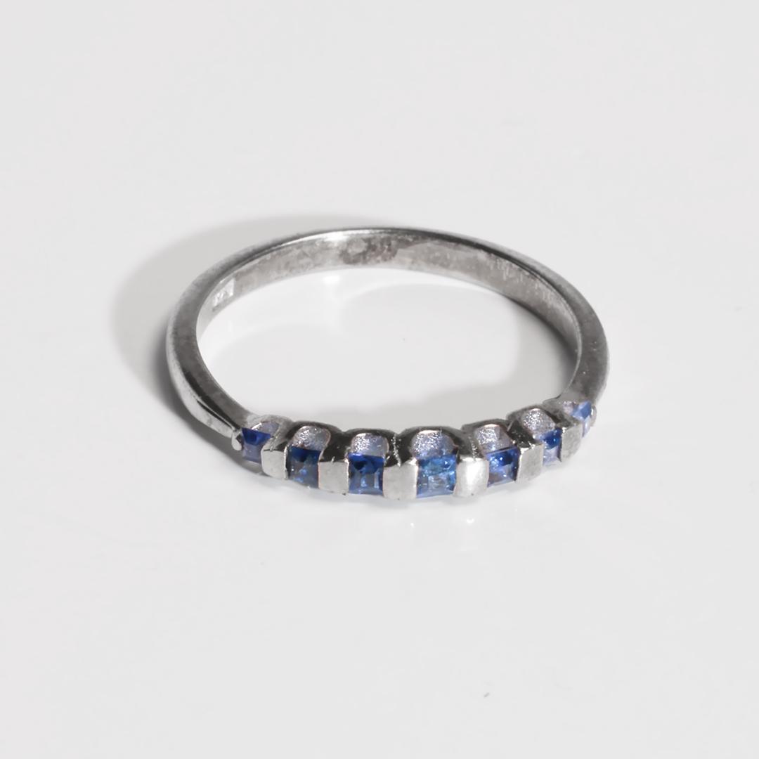 Серебряное кольцо с сапфиром, 2721КЦС