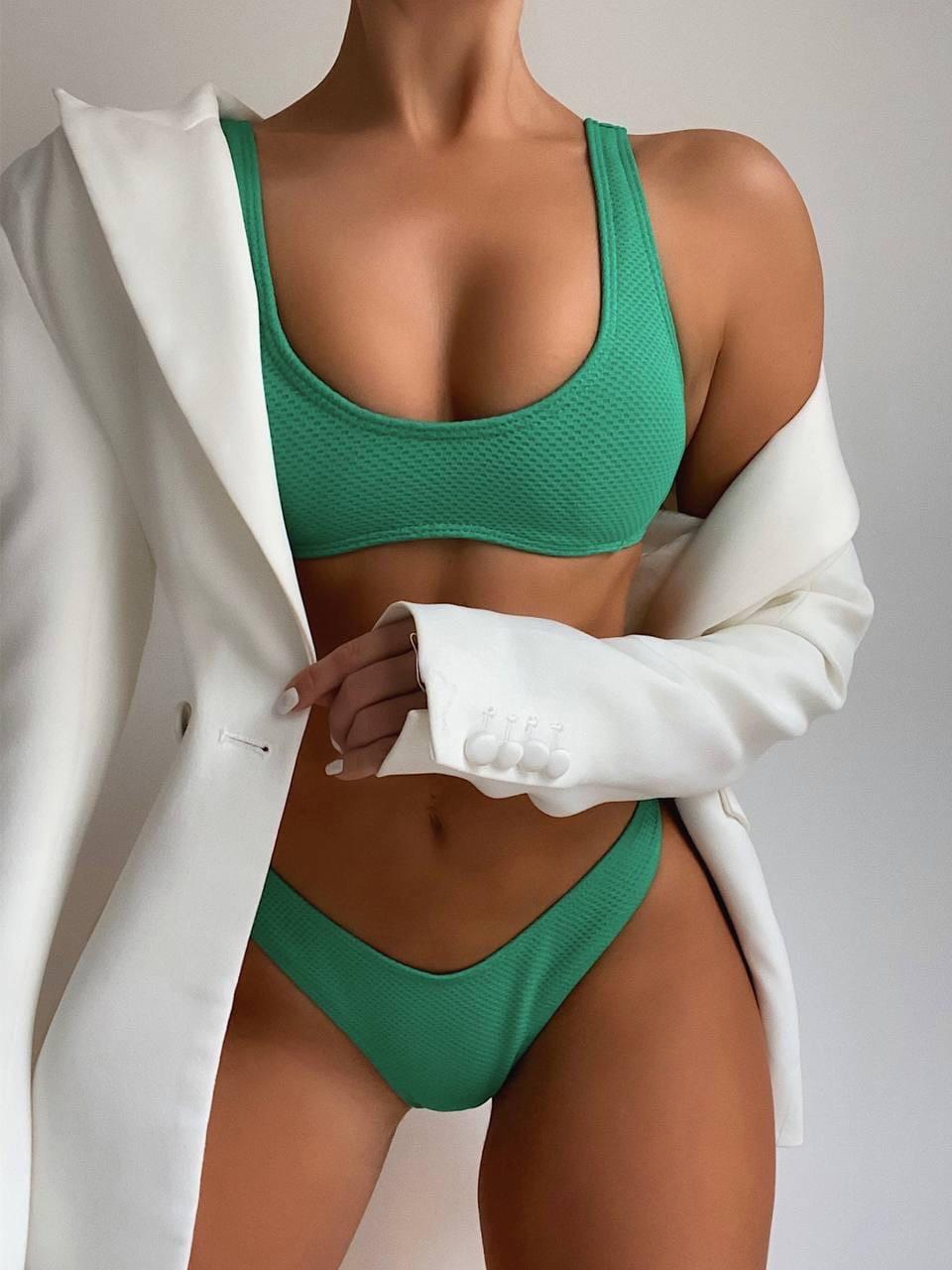 Жіночий купальник зеленого кольору з відкритим топом і плавками бразилианы (р. S, M) 7725908