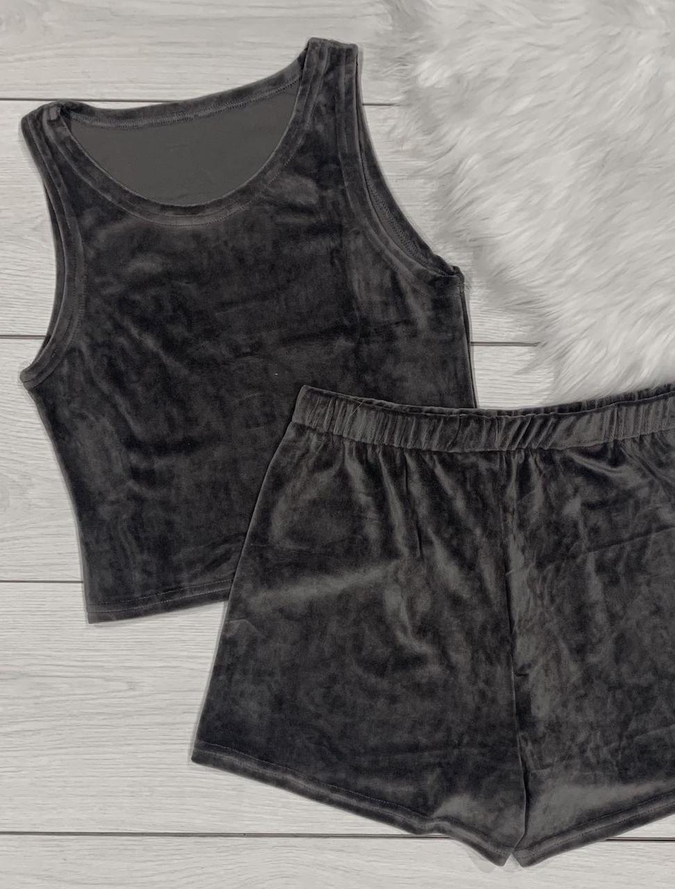 Плюшева піжама майка-топ + шорти на високій посадці.