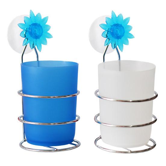Пластиковый подвесной стакан для зубных щёток на присоске