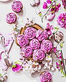 Розовые безе