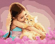 Улюбленець в обіймах