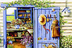 Двери в садовый домик