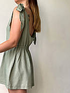 Короткий женский комбинезон с открытой спиной из льна, фото 3
