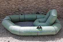Крісло в надувний човен