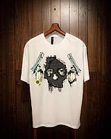 Мужская футболка с модным принтом двумя пистолетами и маской (белая) стильная одежда sF240