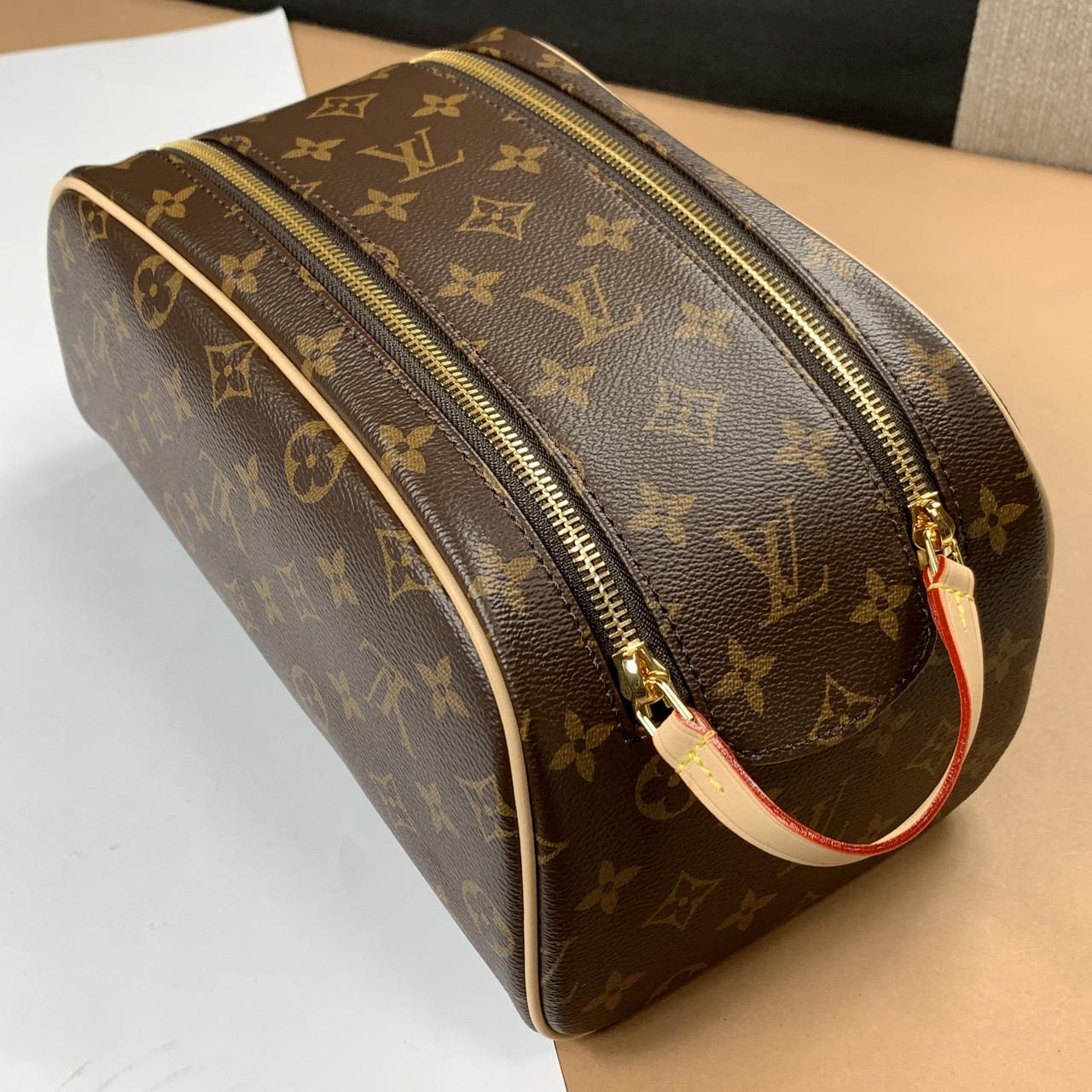 Несессер King Size Toiletry Bag Louis Vuitton (Луи Виттон Кинг Сайз) арт. 14-270