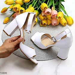 Элегантные кожаные белые женские босоножки натуральная кожа на устойчивом каблуке