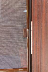 Москитная сетка на балконную дверь