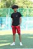 Чорна футболка з логотипом Nike та червоні шорти, фото 2