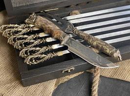 """Подарунковий набір шампурів ручної роботи """"Морський бриз"""" з ножем і виделкою, в розписному буковому кейсі"""