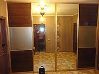 Встроеные шкафы-купе в прихожей 3х-комнатной квартире 16ти этажного дома