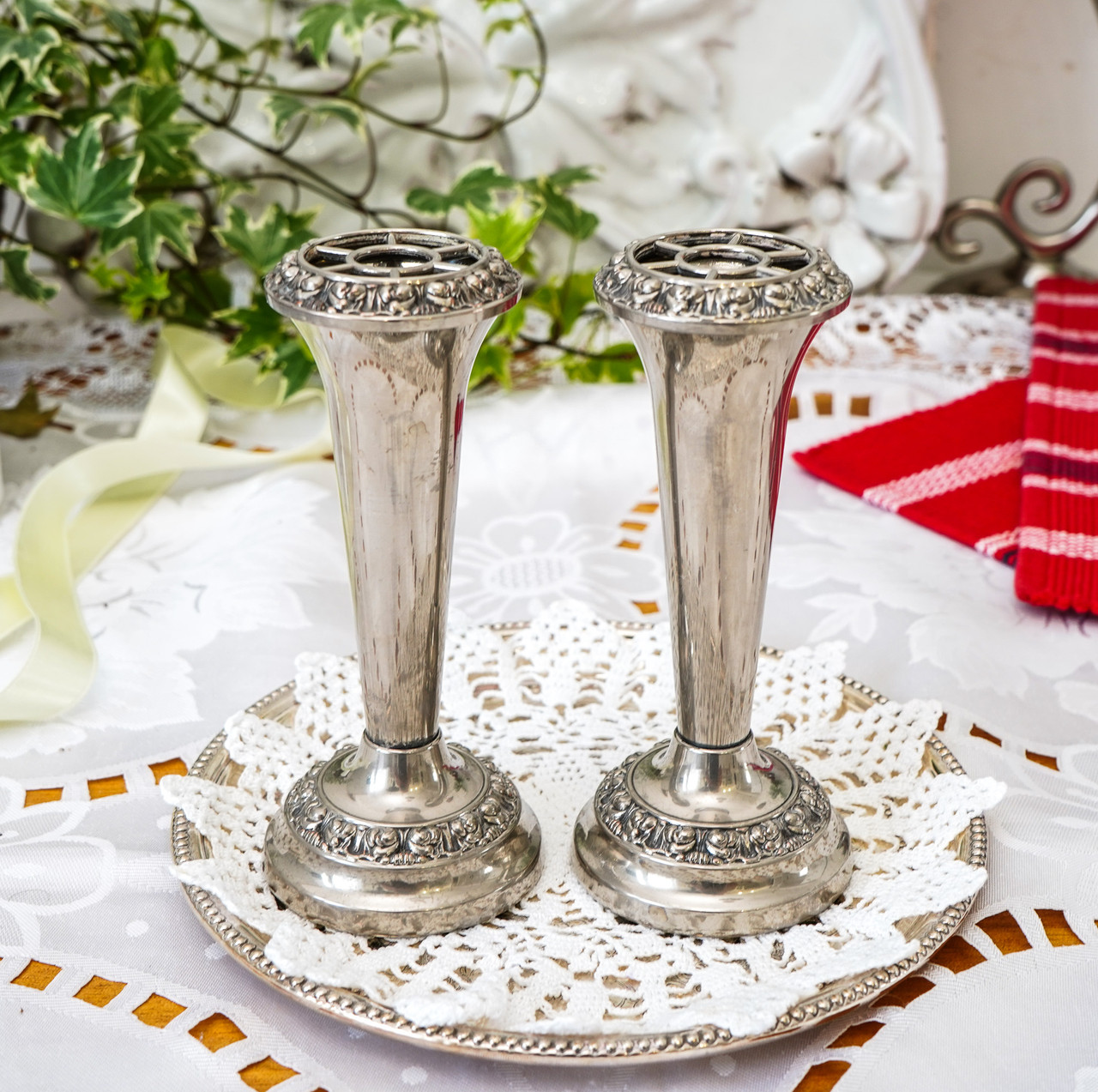 Посеребренные фрог вазочки, парные вазы, серебрение по меди, Англия, винтаж,  Ianthe, Silver Plate