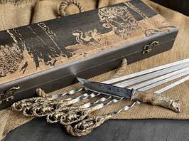 """Подарунковий набір шампурів """"Кабан"""" з ножем, в розписному буковому кейсі"""