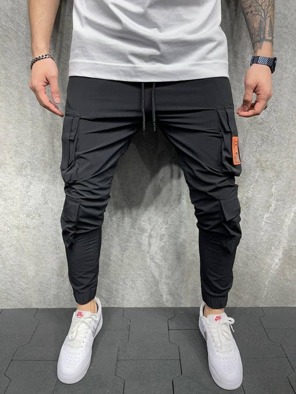 Мужские спортивные штаны (черные) с карманы по бокам, легкие зауженные на лето s8051