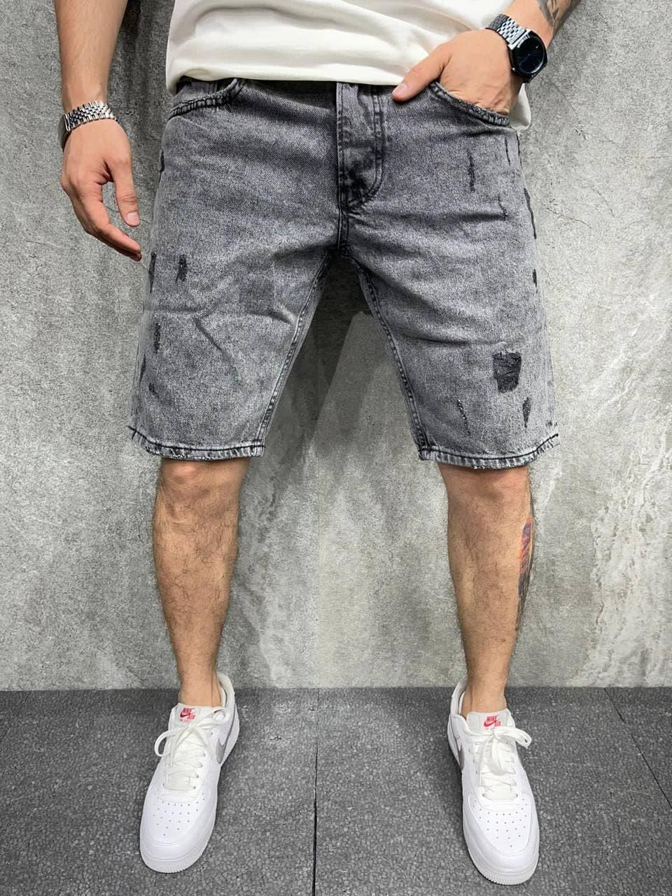 Чоловічі джинсові шорти МОМ сірого кольору